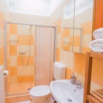friends-hostel-budapest-apartment-3