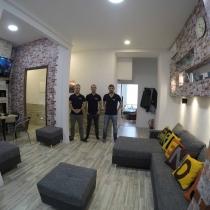 friends-hostel-budapest-designwing-staff